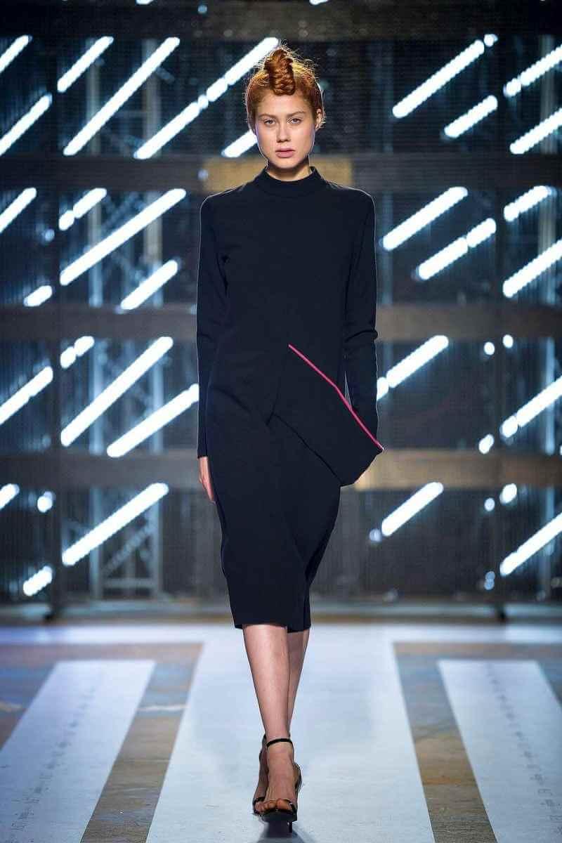 PRiK Crna haljina sa ljubičastom trakom, AW18, LJFW