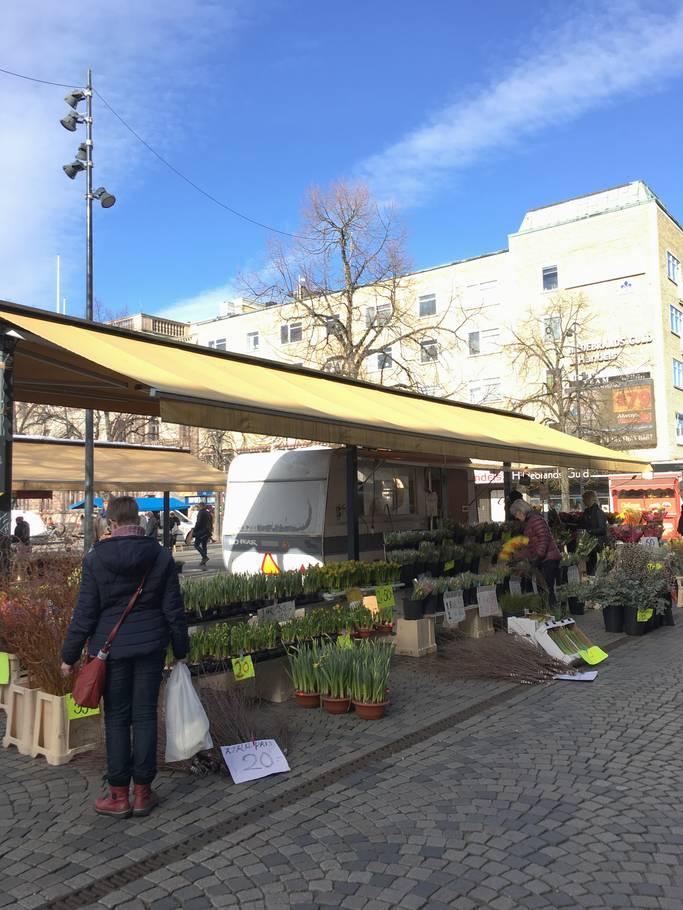 Prodaja na trgu u Gävle-u, Švedska