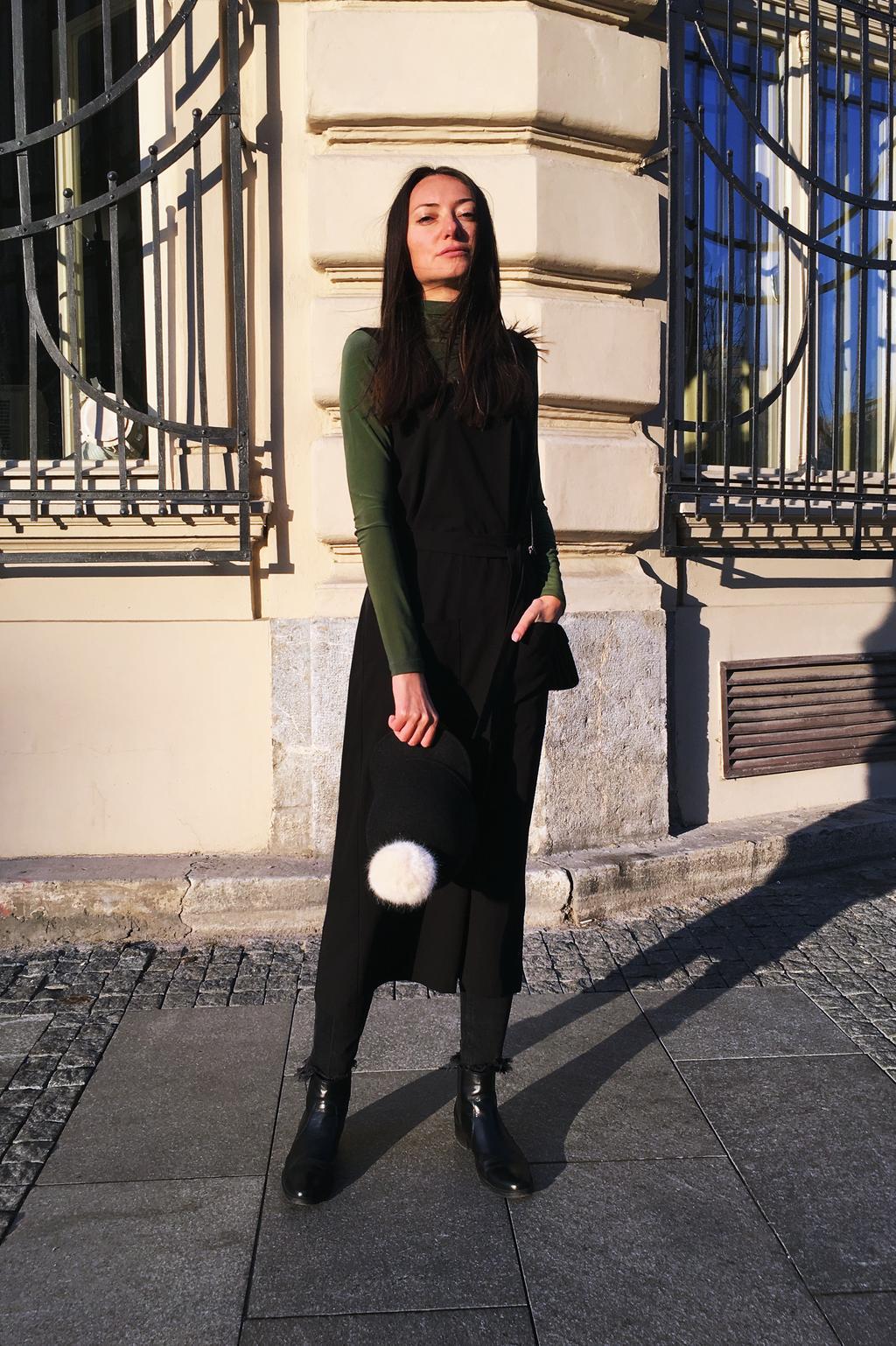 PRiK crna haljnina i zelena rolka