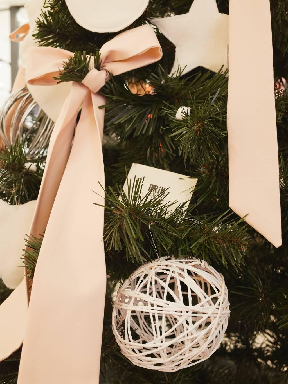 PRiK Designers Christmas Tree 2017 - 2018